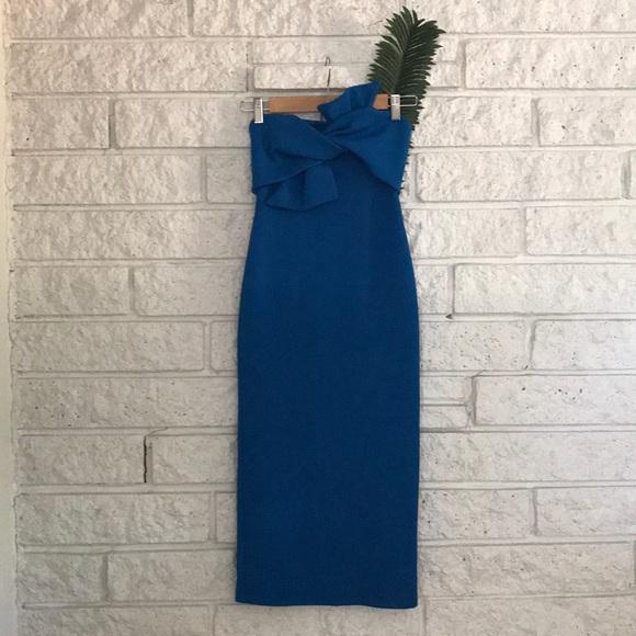 0803f8508740 Topshop Dresses   Bow Twist Textured Midi Dress   Poshmark